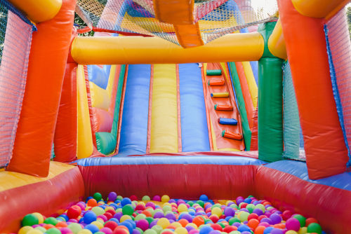 best bounce houses for kids